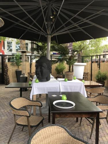 Terras indonesisch restaurant Klein Java Sneek 2020